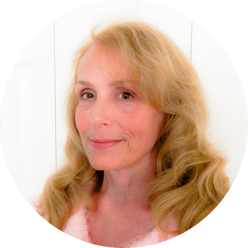 Cindy Gale, R.N. testimonial review for Dr. Kim Crawford M.D.